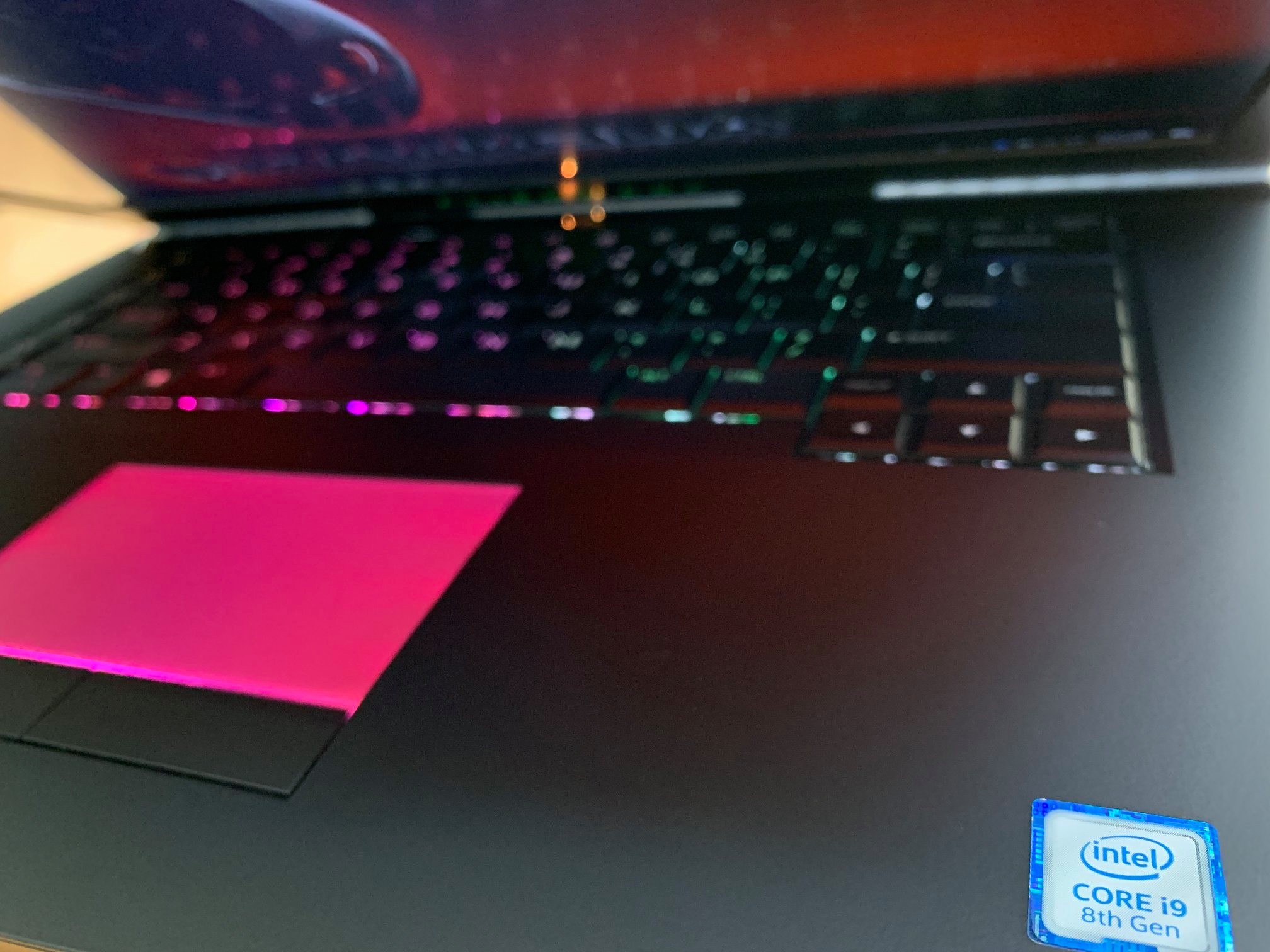 ==> bán 50 cái laptop Dell ... Core i3, i5, i7 ...máy đẹp, zin all. - 11