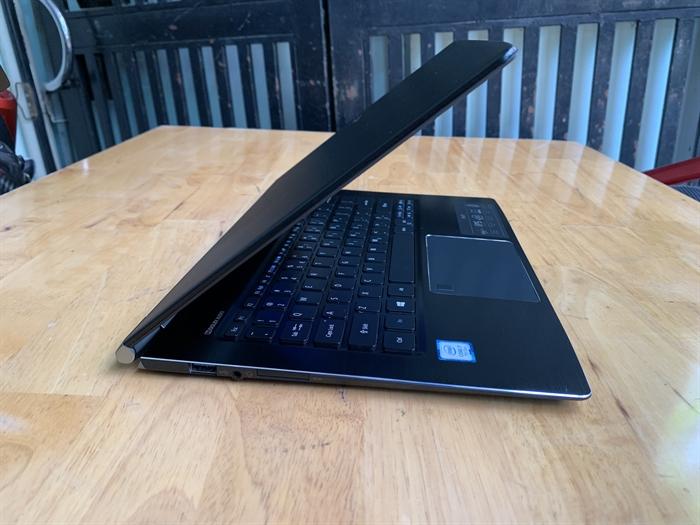 ==> laptop Acer Swift 5, i7 – 7500u, 8G, 256G, Full HD, 99%, giá rẻ